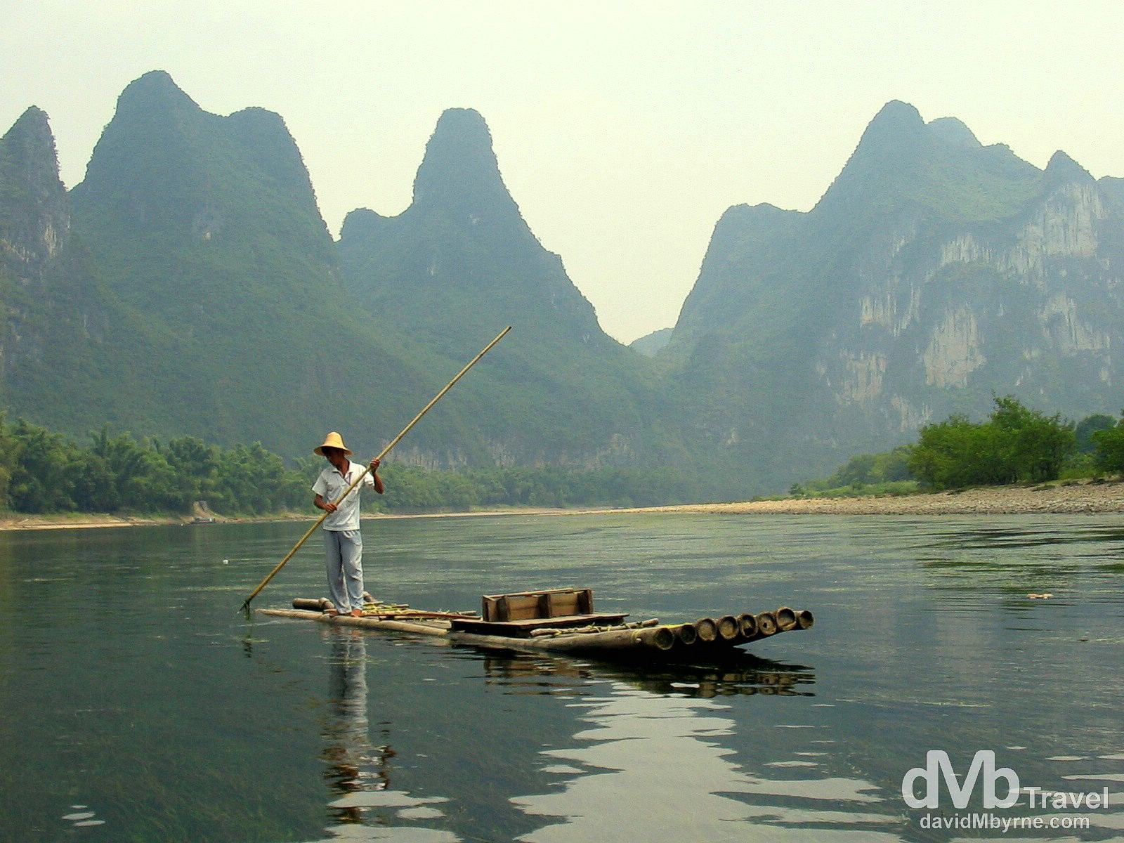 Navigating the scenic Li River outside Yangshou in Guangxi Province, Southern China. September 13th 2004