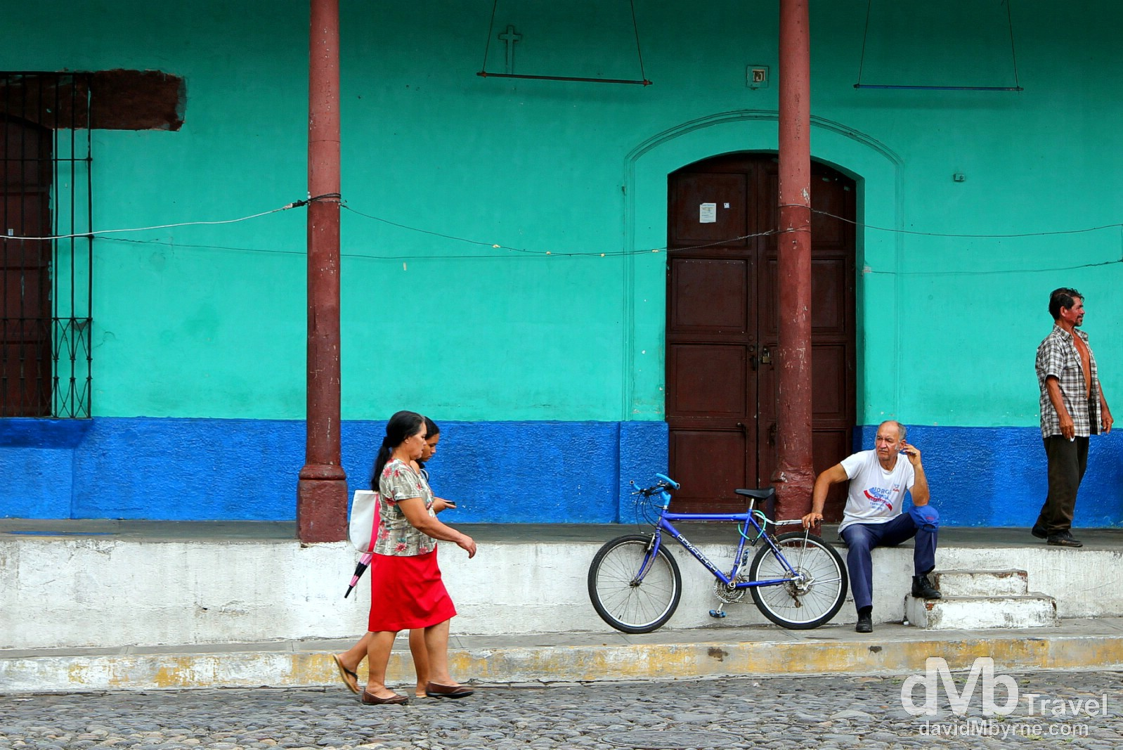 It has all of the Central American reliables - cobblestone streets lined by pastel coloured walls & the central plaza with the whitewashed church. It's just does it all a little bit better (& prettier) than most. Suchitoto, El Salvador. June 4th 2013.