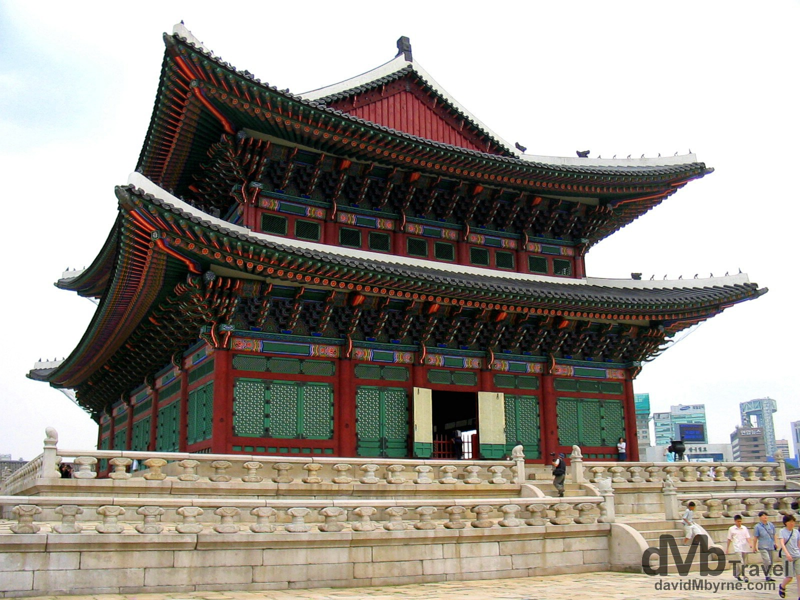 The grounds of Gyeongbokgung, the Grand Palace, Seoul, South Korea. August 15th 2004