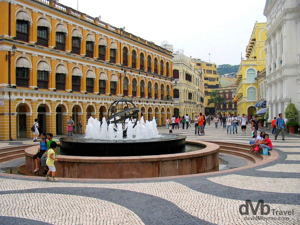 Largo do Senado (Senate Square) marking the centre of the former Portuguese colony of Macau, China. September 7th, 2004.