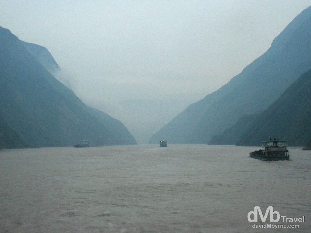 Entering Qutang Gorge as another day dawns on the Yangtze River in central China. September 27th, 2004.