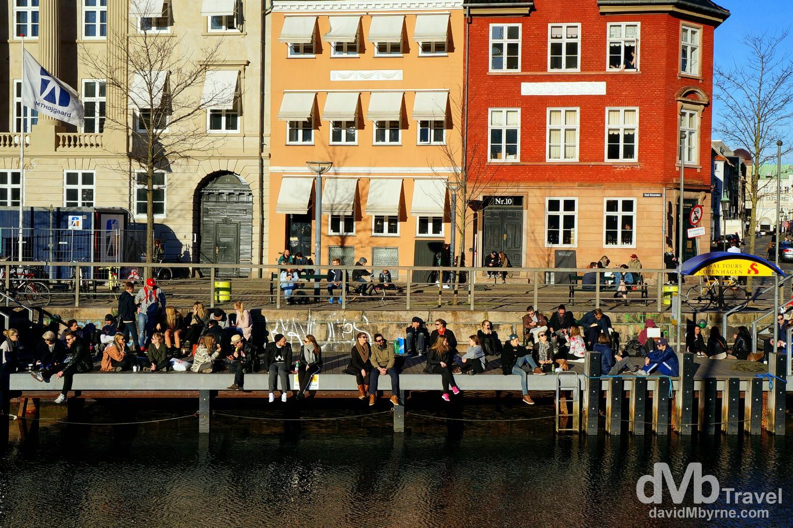Sitting by the Slotsholms Kanal (canal) in Copenhagen, Denmark. March 12th, 2014 (Nex-5r || SEL 18-55mm || 27mm, 1/400sec, f/8.0, iso100)