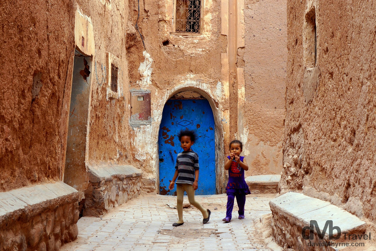 Kids in the lanes of the Kasbah Taourirt in Ouarzazate, Morocco. May 13th, 2014.