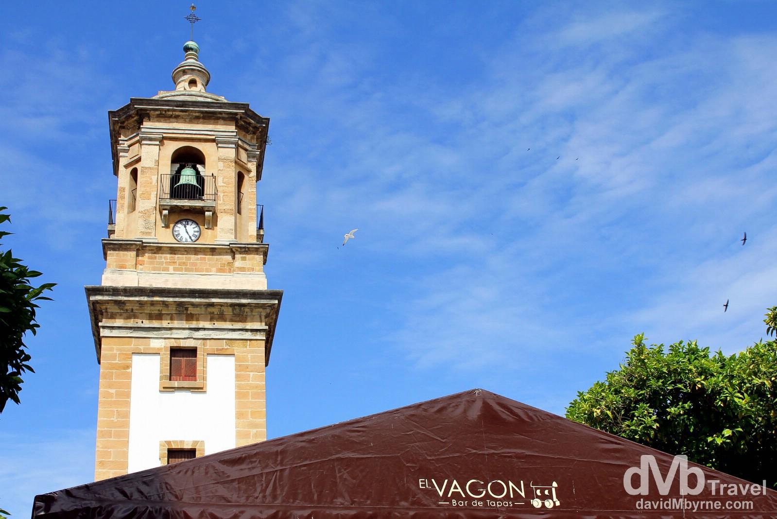 A tapas bar fronting Iglesia Nuestra Senora de la Palma in Plaza Alta, Algeciras, Andalucia, southern Spain. June 5th, 2014.