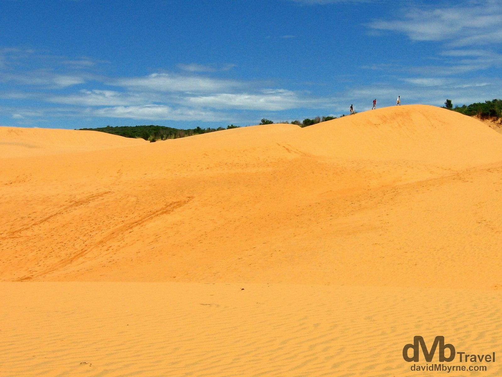 On a section of the massive sand dunes outside the village of Mui Ne, southern Vietnam. September 15th 2005.