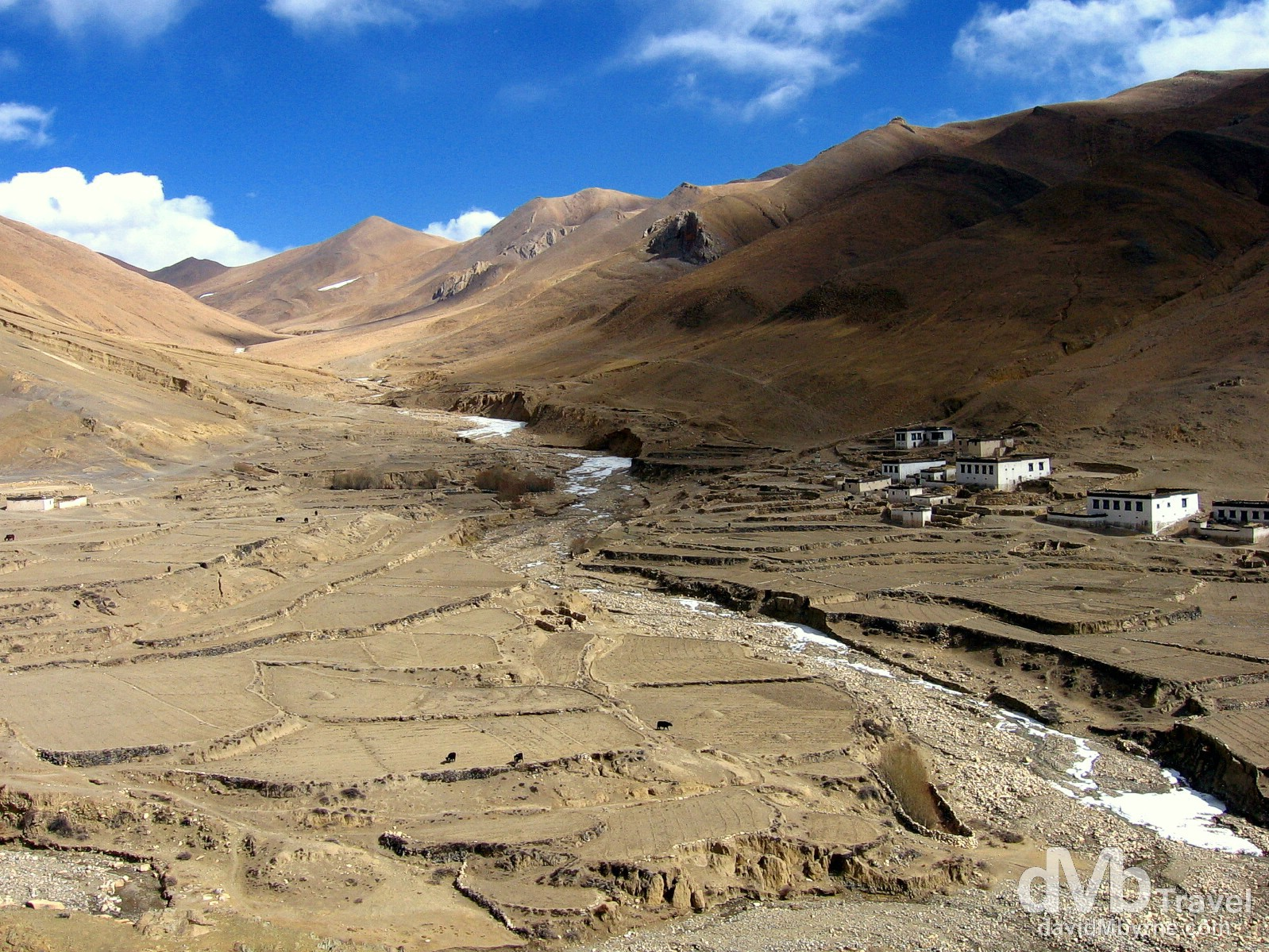 Yurgya Hamlet on the bumpy road to Rongbuk Valley, Everest region, Tibet. March 2nd, 2008.