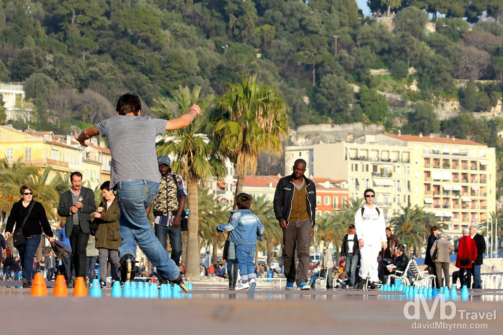 Activity on the beachfront Promenade des Anglais, Nice, Côte d'Azur, France. March 14, 2014.