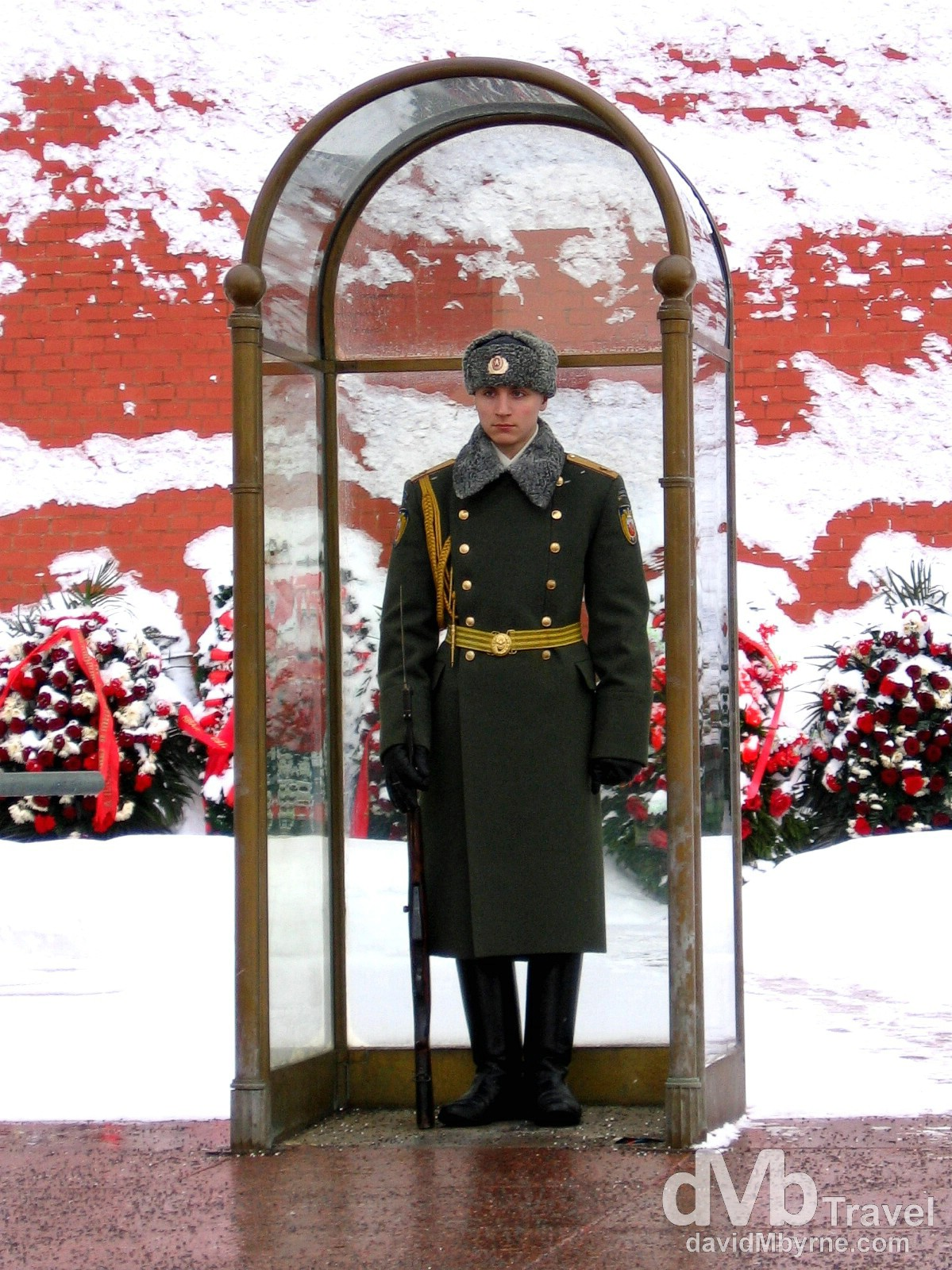 A guard at the Tomb of The Unknown Soldier at the base of walls of the Kremlin in Alexandrrowsky Garden, Moscow, Russia. February 25, 2006.