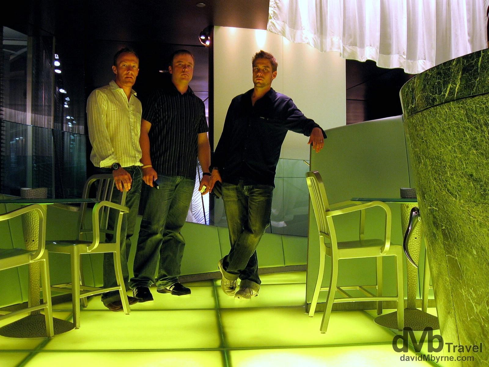 The Felix Bar, Peninsula Hotel, Kowloon, Hong Kong, China. August 28, 2005.