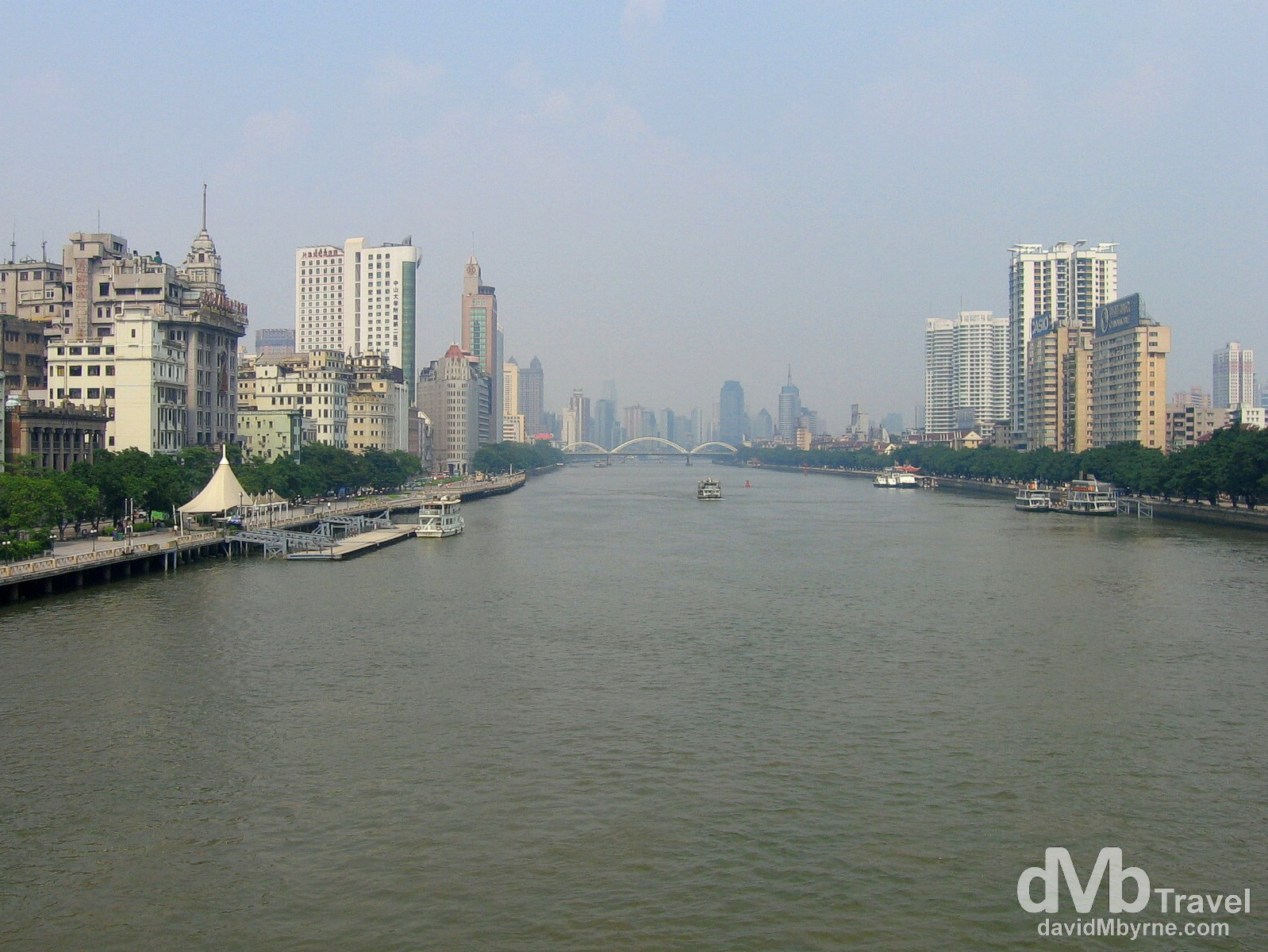 Guangzhou on the Pearl River in Guangdong Province, southern China. August 31, 2005.