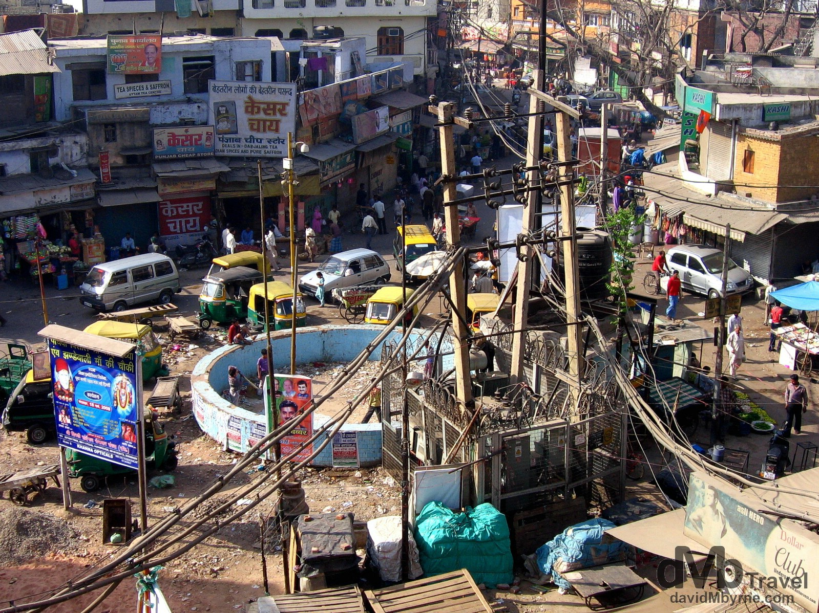 Main Bazaar in the travellers hangout of Paharganj in Delhi, India. March 21, 2008.