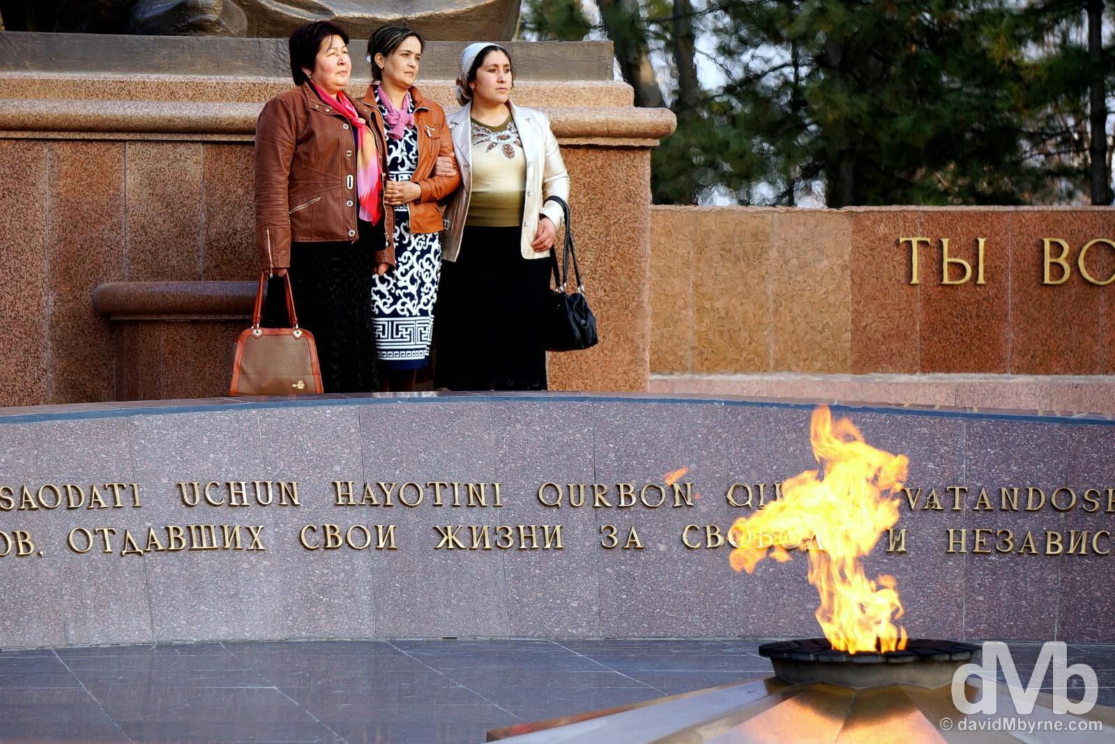 Posing by the Crying Mother Monument in Mustaqillik Maydoni, Tashkent, Uzbekistan. March 5, 2015.
