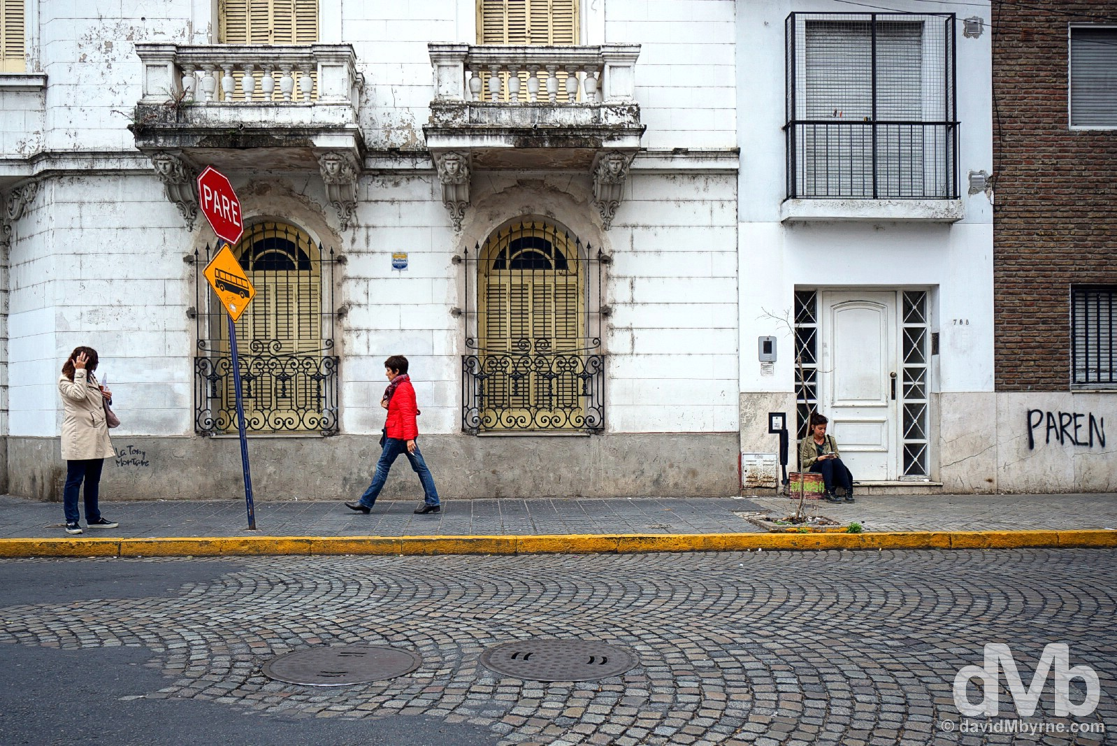 On the streets of Rosario, Argentina. September 22, 2015.