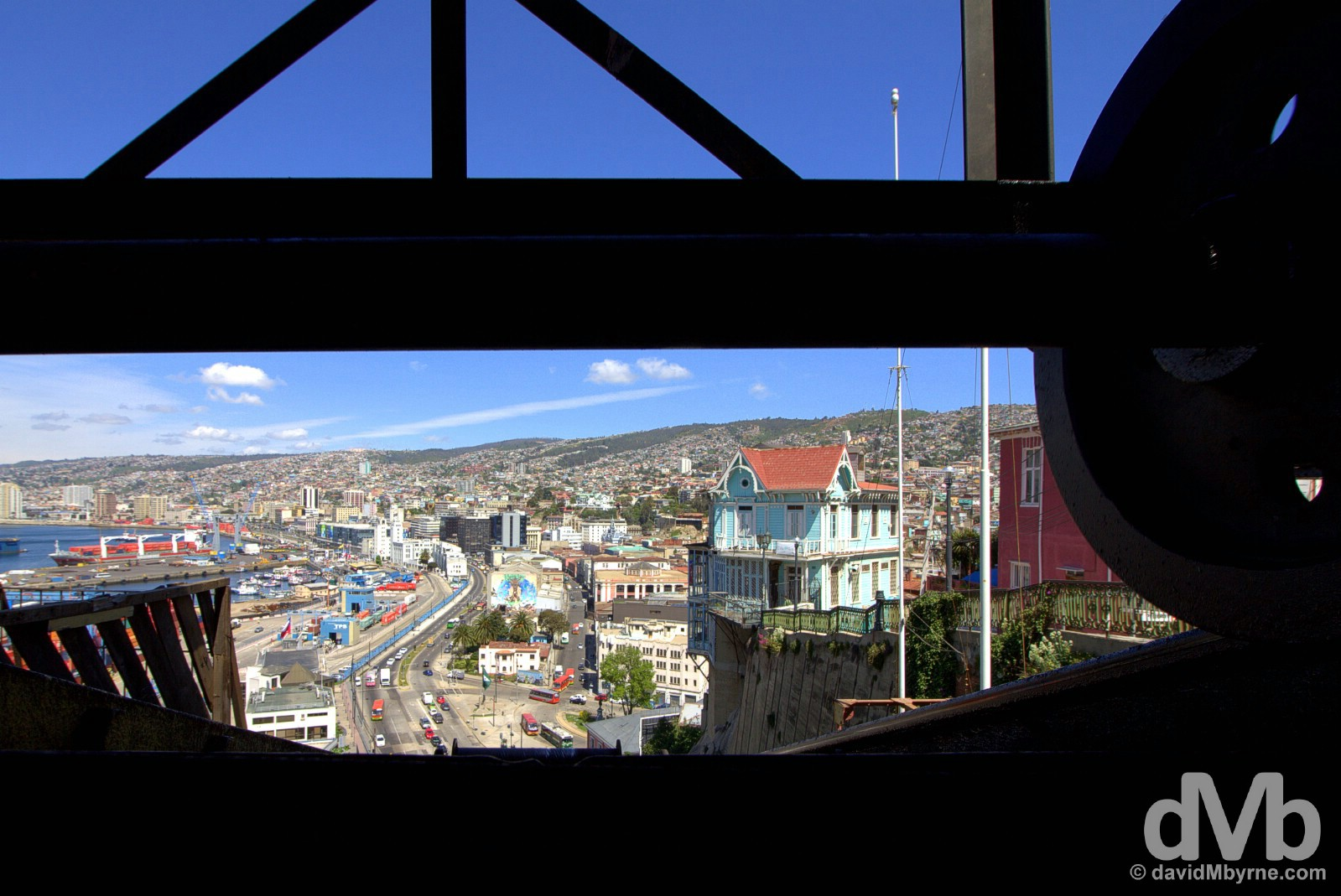 The undercarriage od the Ascensor Artilleria in Valparaiso, Chile. October 8, 2015.
