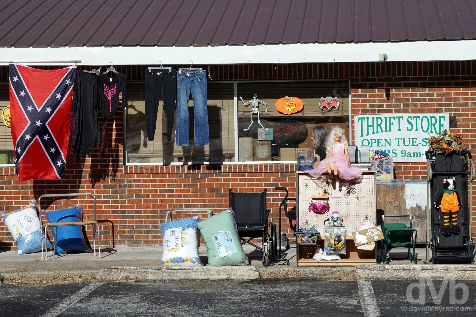 A thrift store in Cornelia, Georgia, USA. September 22, 2016.
