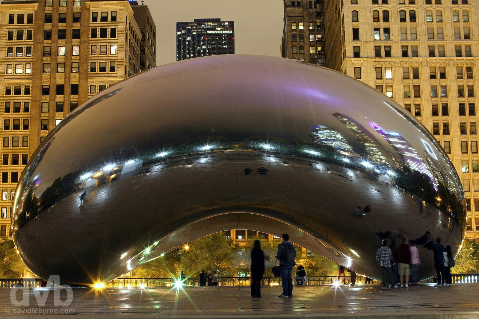 Cloud Gate, a.k.a. The Bean, in Millennium Park, Chicago, Illinois, USA. September 30, 2016.