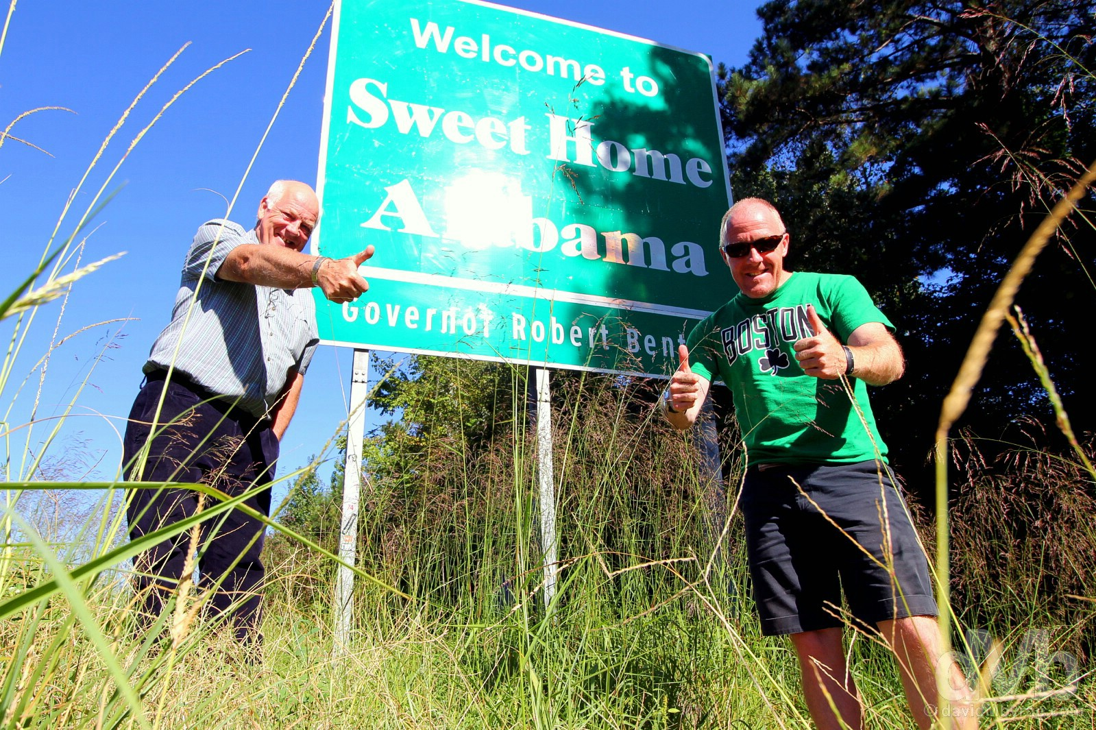 Sweet Home Alabama. At the Mississippi-Alabama state line on Interstate 20 outside Cuba, western Alabama, USA. September 20, 2016.