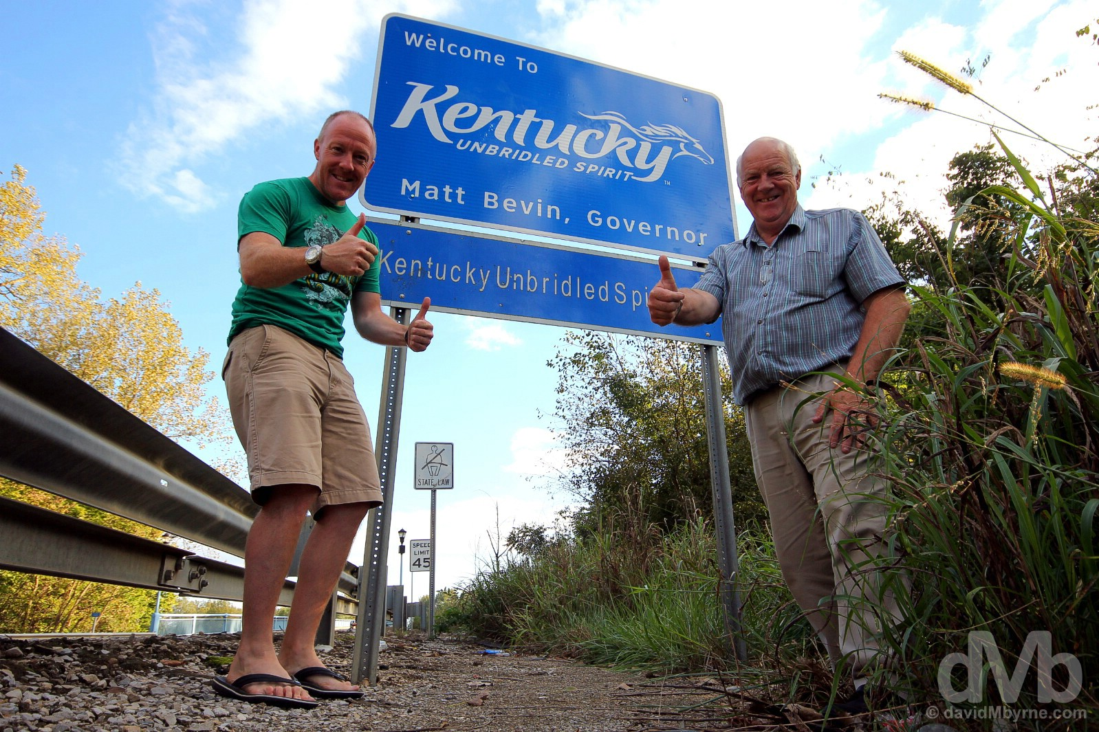 At the Kentucky/Indiana state line on Indiana State Road 161 outside Owensboro, Kentucky, USA. September 28, 2016.