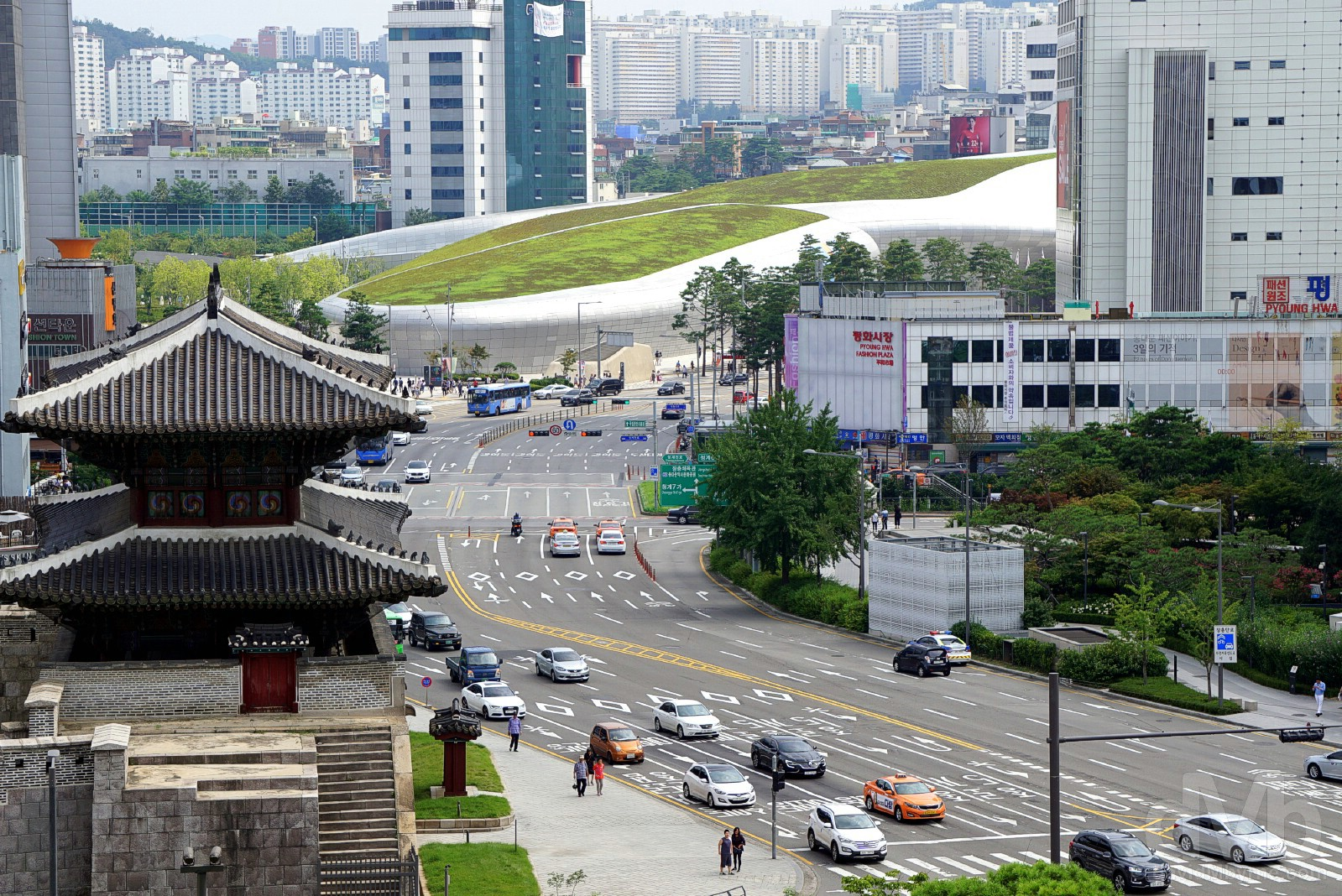 Dongdaemun, Seoul, South Korea. July 30, 2017.