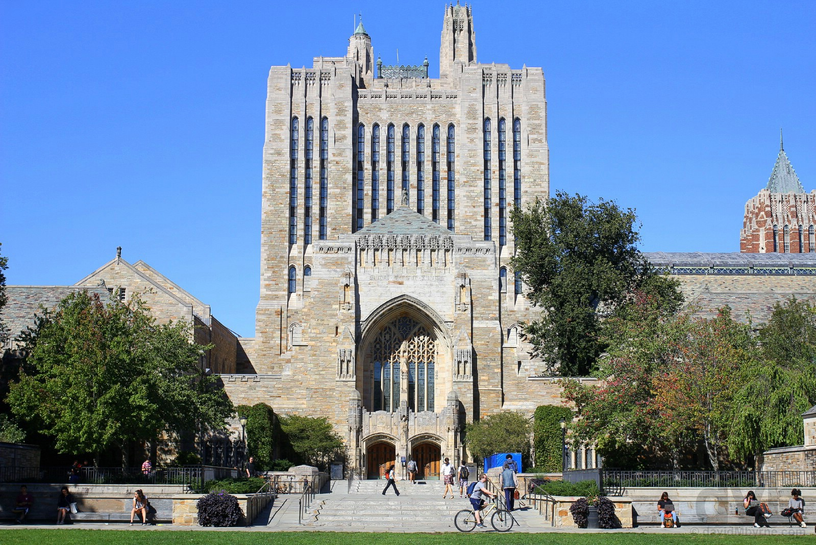 Cross Campus, Yale University, New Haven, Connecticut, USA. September 28 2017.